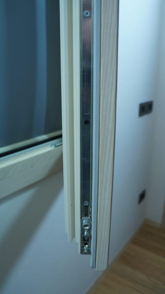 serramento legno bicolore